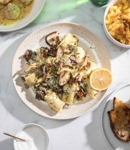 A bowl of Creamy Mushroom and Garlic Pasta